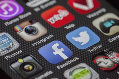 redes-sociales-adiccion-jovenes