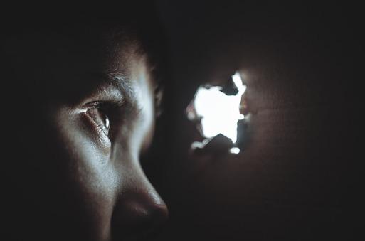 diablo-terapia-psicologia-voyeur