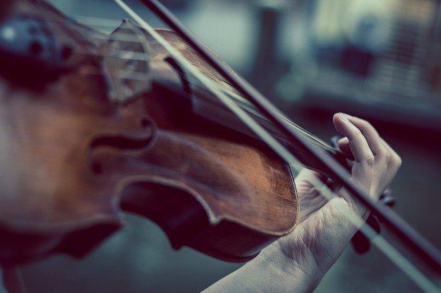 musica-psicologia-emocion-triste-violin